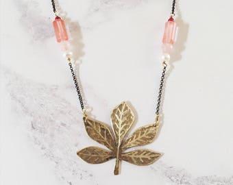 Horse chestnut leaf necklace, brass & pink gemstones, Leaf-Life collection