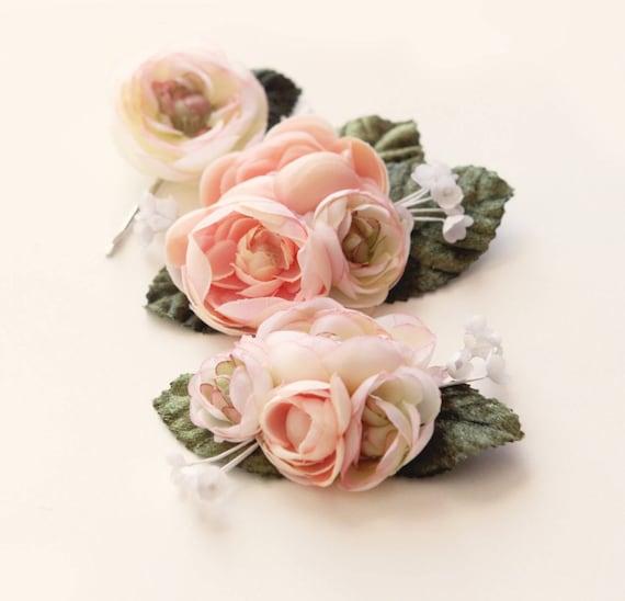 Pastel flower clip set, Ranunculus hair clips - PINK or IVORY - flower headpiece, bridal hair accessory, wedding flower clips