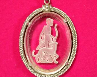 Vintage Avon Reverse Carved Cut Glass Intaglio Figural  Goddess Diana Cameo Necklace
