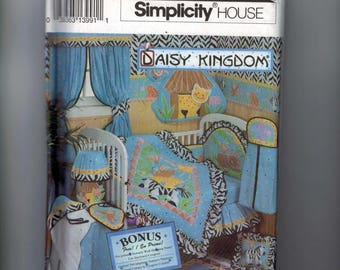 Craft Sewing Pattern Simplicity 8397 Daisy Kingdom Nursery Accessories Wall Decoration Noah's Ark Quilt Toy Diaper Stacker UNCUT
