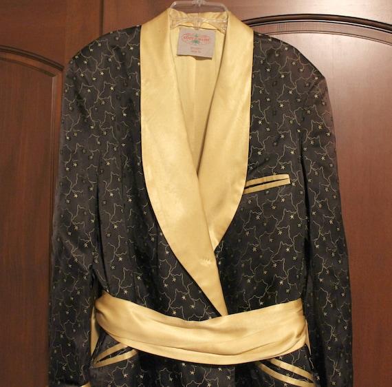 Vintage Mens Smoking Robe by State O Maine, 1960s Atomic Black Gold Star Pattern