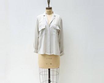 Vintage Silk Blouse Gray Silk Blouse Dove Gray Shirt 1980s Silk Blouse Long Sleeve Light Grey Blouse Pale Gray Shirt Silk Shirt Pockets s
