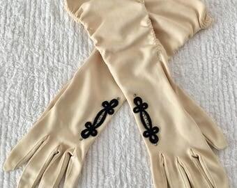 Vintage Beige Rhinestone Applique Ruched Gloves - Size 7.5