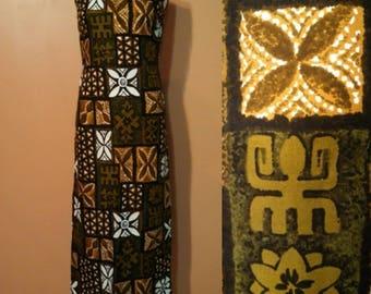 Hawaiian Tropical Print Dress / 70s Maxi Dress / Floral Dress  / Tiki Party Dress