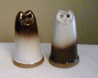 Hand made Cat Salt & Pepper/ Minimalist Cat Decor