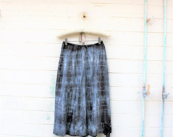 Tie Dye Skirt/Black and White black and white shibori Skirt/Vintage Skirt/Hippie Skirt/Tie Dye Lace Skirt/Upcycled Skirt/French Fairy