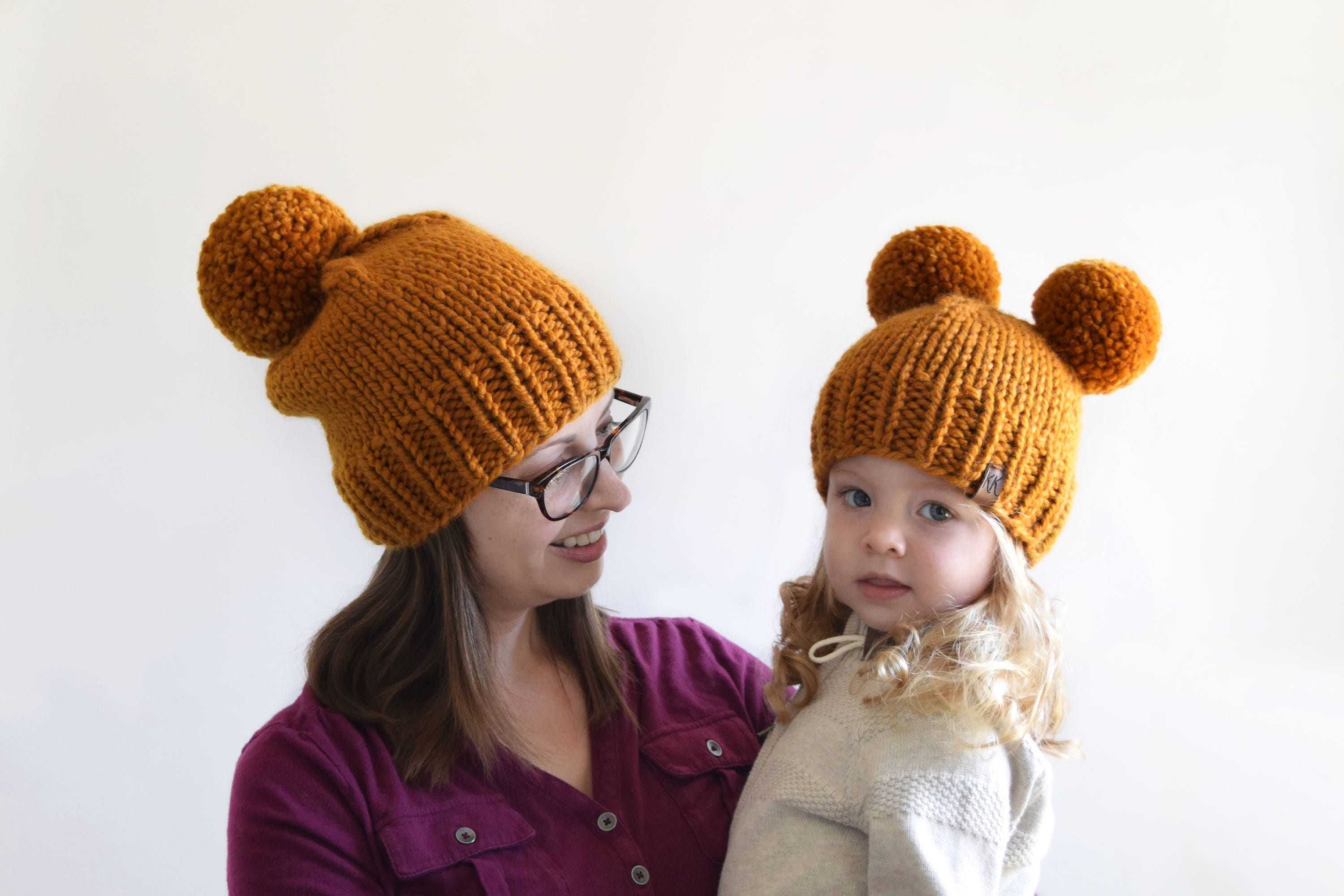 Pom Pom Beanie Knitting Pattern : Hat Knitting Pattern // Knit Beanie Pattern // Chunky Pom Pom Hat // Double P...