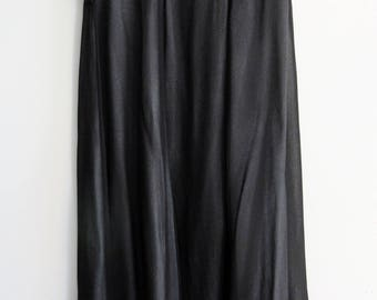 90s Black and White Sheer Rayon Long Skirt Size Medium Made in India