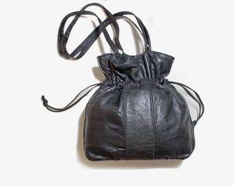 Vintage Leather Bucket Bag / Black Bucket Bag / Black Bucket Purse / Drawstring Purse / Leather Drawstring Purse