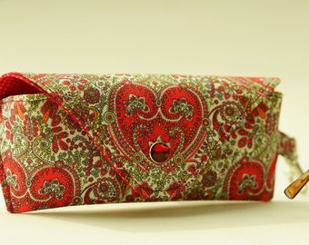 NEW Glasses case/ Eyeglass case/ sunglasses case/ reading glasses case/Liberty fabric/hearts/Kitty Grace