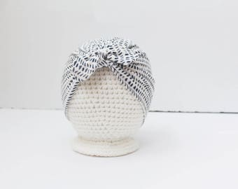 SALE Knotted Turban Hat / Dotty Dash / RTS / Babies / Toddlers / Black and White / Turban / Baby Hat / Headwrap