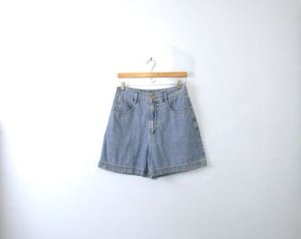 Vintage 90's high waisted shorts, light denim shorts, size 10 / 8