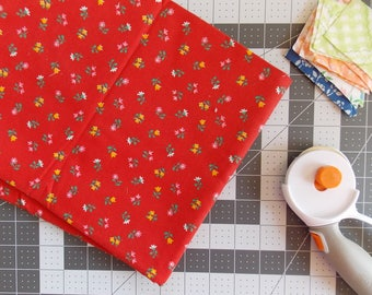 Vintage Fabric / Red Floral Calico Print  / One Yard