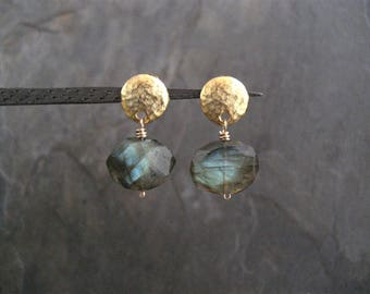 Labradorite nugget earrings, blue green flash, gold button studs, labradorite dangle, mid size earrings, genuine gemstone, faceted nugget