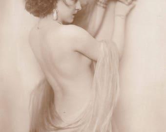 Semi-Nude German Postcard Image of Performer Inez Van Bree by Ross Verlag, circa 1927