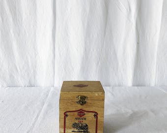 Vintage Wooden Assam Tea Box / Trinket Box / Vintage Tea Box / Tea Storage / Vintage Wooden Box / Rustic Box / Distressed Wood Box