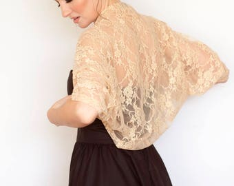 Plus size bolero, curvy women bolero, curvy women fashion, 1X bolero, extra large shrug, shrugs and boleros