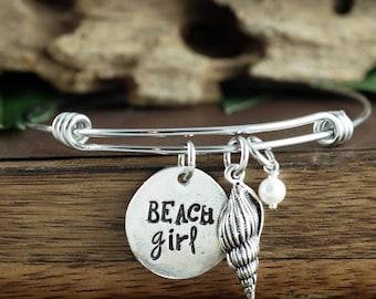Beach Girl Bangle Bracelet, Sea Shell Bracelet, Gift for Beach Lover, Beach Girl Jewelry, Beach Jewelry, Summer Beach Jewelry