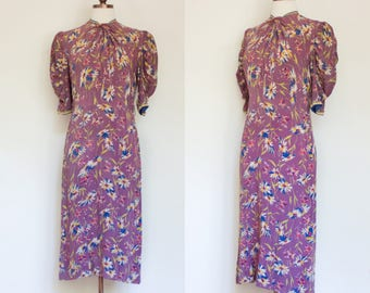 RESERVED vintage 1940s mauve floral print rayon dress / 40s purple novelty print floral afternoon dress / M
