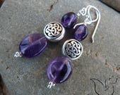 Boucles métal perle celtique et pierre gemme améthyste