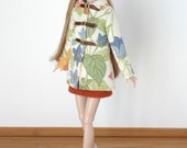 Cream and flowery coat for Poppy Parker and Barbie Model Muse, Made to Move, Pivotal or New Silkstone