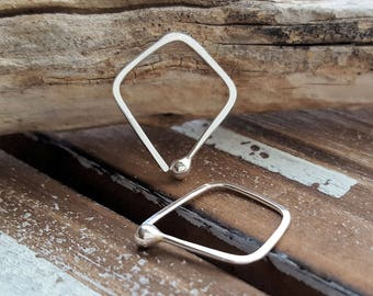 Triangle Hoops, Argentium Silver Earrings, Small Kite Hoops, Hammered, 18g or 20g - Artisan Jewelry