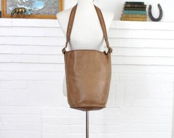Vintage Coach Bag // Duffle Bag Putty Tan RARE New York City // Bucket Bag Feed Sac Pre 9085 NYC