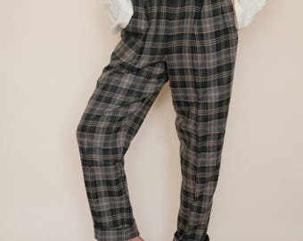 70s 80s Wool Plaid Pants / Green Plaid High Waist Pants / Wool Pants / Plaid Trousers / Vintage Pants / Vintage Plaid Trousers High Waisted