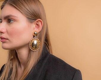 Oversized Geometric Earrings / 80's Gold-Tone Earrings / Bold Statement Earrings / Costume Jewelry / Fashion Earrings / Oval Earrings