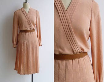 10-25% OFF Code In Shop - Vintage 80's Peach Sorbet Pleated V-Neck Wrap Dress S or M