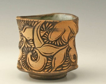 Yellow and black cup with paisley carving, Japanese tea bowl, Carved yunomi, carved chawan, pottery cup with carving,  stoneware cup, Shikha
