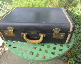 Beckers Vintage Luggage