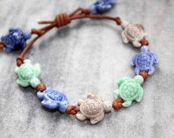 sea turtle bracelet, beaded turtle anklet, beach bohemian jewelry, nautical ocean jewelry // adjustable