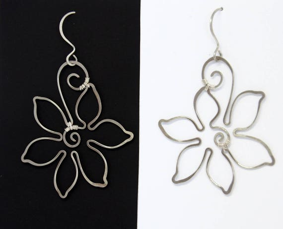 Silver Flower earrings Bridal Wedding jewelry Dangle Bride Bridesmaid gift for women Anniversary gift Christmas gifts silver color copper