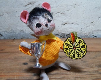 Vintage Annalee Mouse Trophy Champ Dart Champ New Hampshire Dolls Collectible Dolls Silver Trophy Annalee Thorndike dolls.