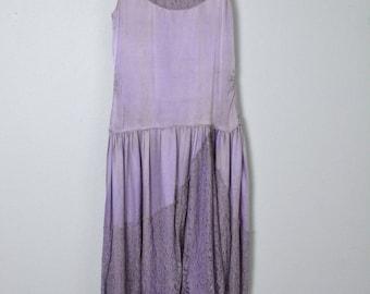 Vintage 1920s Dress 20s Silk Charmeuse and Lace Scalloped Hem Flapper Dress XS