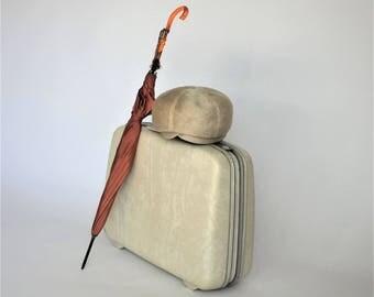 Samsonite Silhouette Suitcase, Vintage Weekender Luggage, 1960s Hard Shell Carry-On, Marbled Ivory Overnight Bag, Wedding Photo Prop Storage