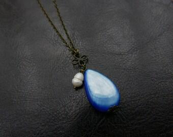 Clover Necklace, Boho necklace, Boho jewelry, seashell pearl necklace
