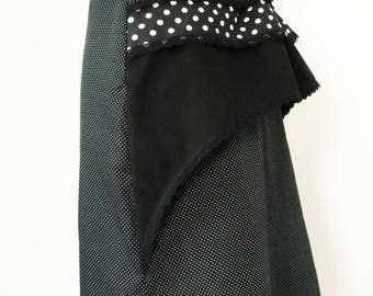 skirt 1900 in black cotton with polka dots