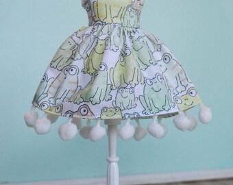 Handmade Blythe Doll Dress - Happy Frogs