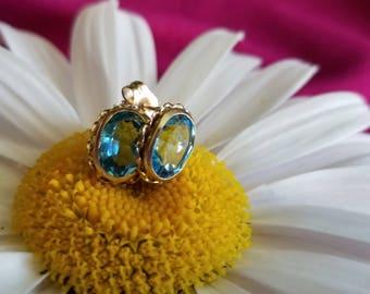 10 Yellow Gold Light Watery Blue Topaz Earrings (st - 2054)
