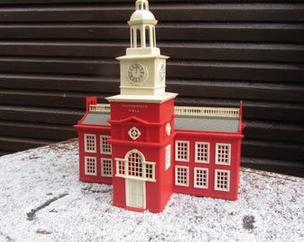 Vintage 1950s Independence Hall by Plasticville.  Bachmann Bros. for Train Display. O Gauge.