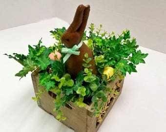 Primitive Easter Centerpiece Table Arrangement, Easter Bunny Centerpiece, Spring Tabletop Decor, Easter Coffee Table Decor