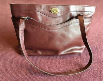 Etienne Aigner ahoulder bag in Oxblood leather