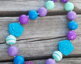 Blue and Purple Chunky Bubblegum Bead Necklace, Rose Child Necklace, Baby, Toddler, Chunky Necklace, Photo Prop Necklace, Chunky Beads