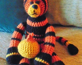 "Crocheted kitty cat stuffed animal doll toy ""Dexter"""
