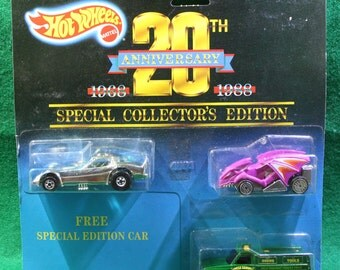 1987 Hot Wheels 20th Anniversary Special Collectors Edition Special edition Silver Vette/Green Forest Service Truck/Purple Dragon Racer