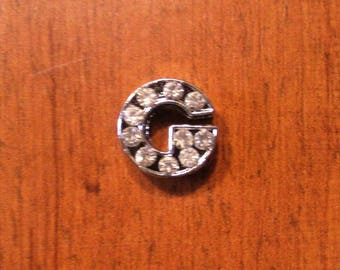 Letter G Silver tone with Rhinestones for a personalized 8 mm bracelet