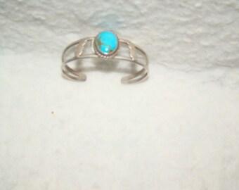NA #2-Q  Native American Vintage Sterling & Turquoise Bracelet
