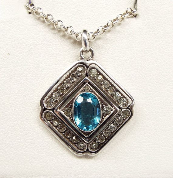 Vintage / Quality Art Deco Sterling Silver Blue Paste Target Pendant Necklace